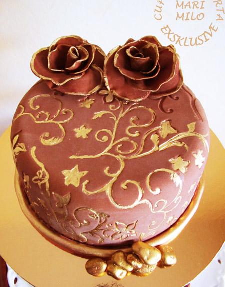 Guldbröllops chokladtårta