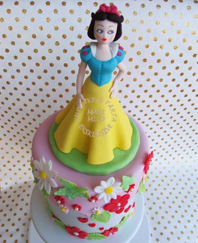 Snövit barn tårta