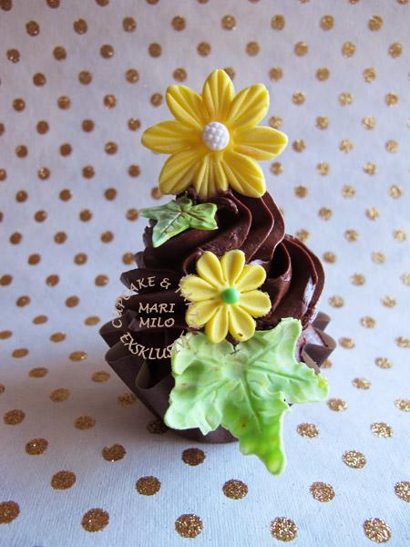 cupcakes dekorerade till födelsedag