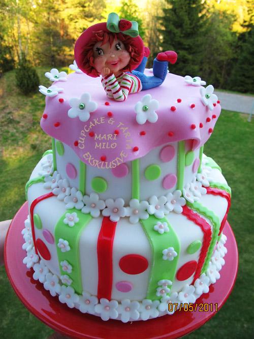 Jordgubbs-Lisa tårta