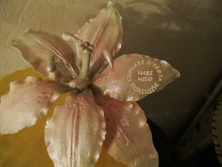 Lilja blomma av socker