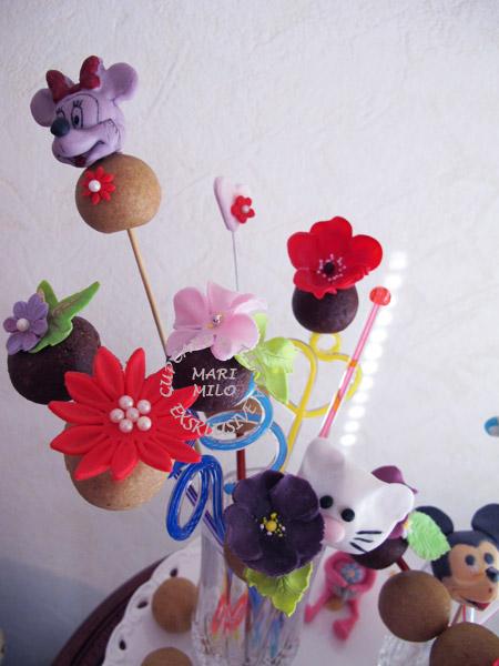 Cake Pops by Mari Milo
