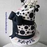 topsy--turvy-cake-