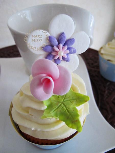 Cupcakes till dop eller bröllop