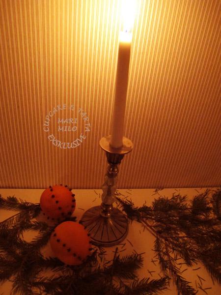 Jul apelsiner och härlig doft av nejlikor