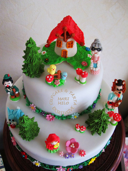 Little Red Riding hood and the Wolf Cake