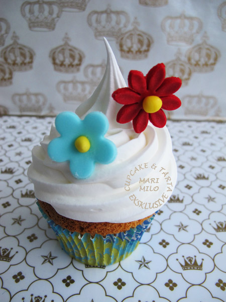 Enkelt dekorerad cupcake