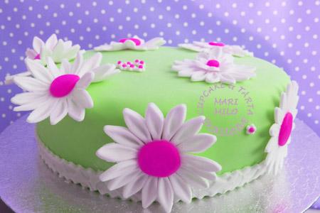 Färgstark tårta