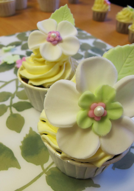 Cake Design Kurs Zurich : cupcakes-kurs-deltagarens_cupcake Mari Milo Cake Design