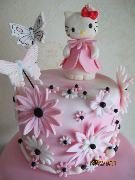 Hello Kitty rosa tårta
