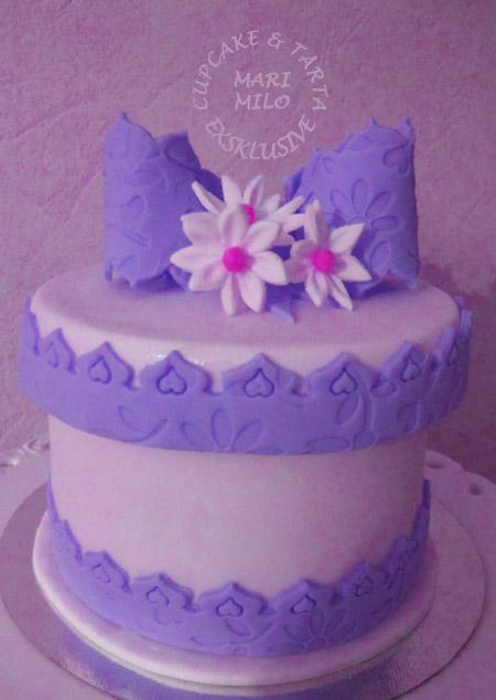 Present tårta i blå och vit