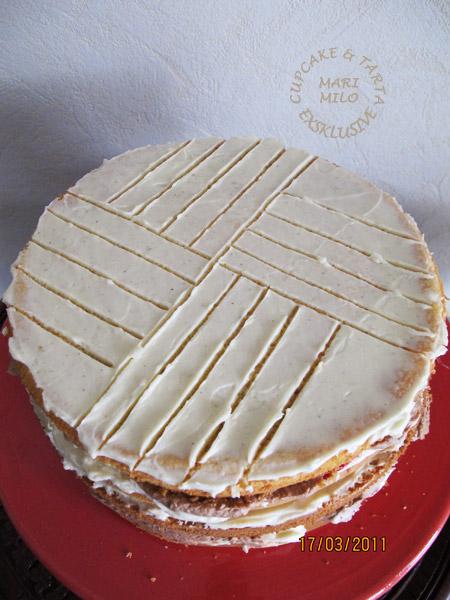 Skära tårtan