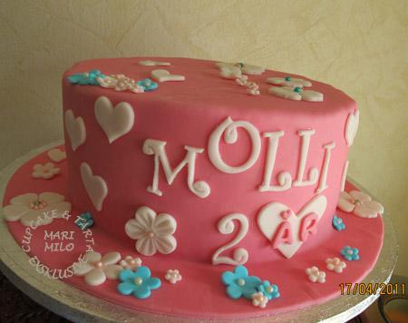 Molly 2 år