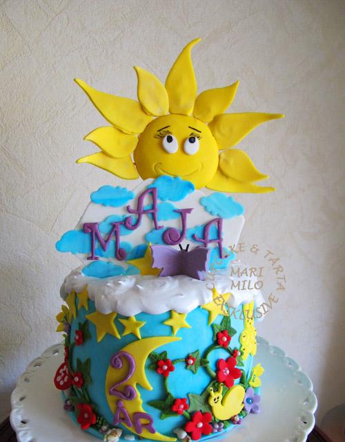 Vacker sol och vår tårta