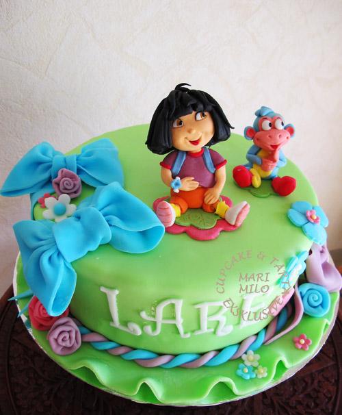 Barnkalas tårta Dora