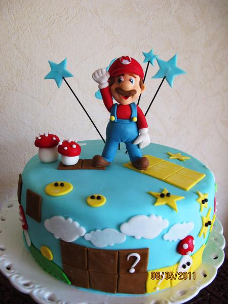 Super Mario en våningstårta