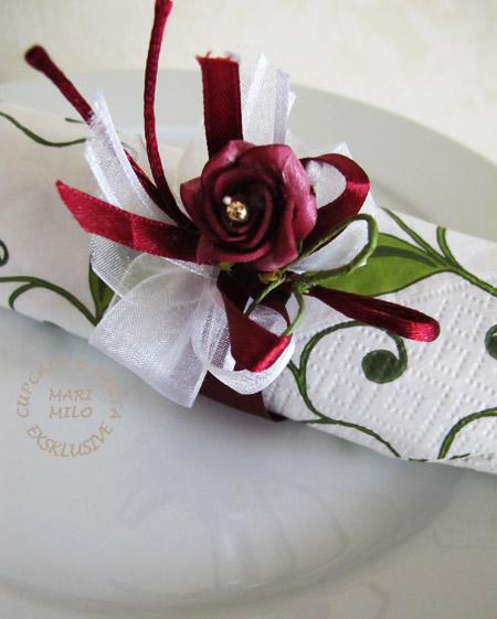 servettringar till bröllop