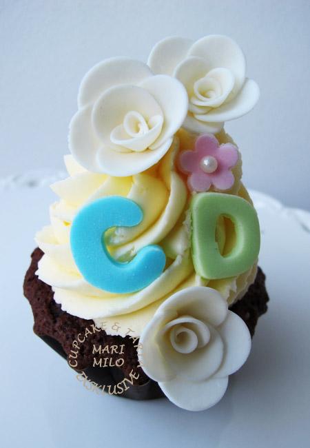 Bröllopscupcakes för C och D
