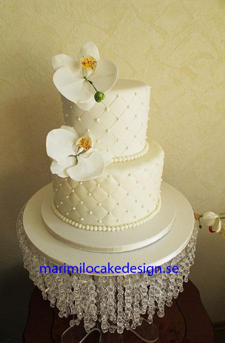 Bröllopstårta vit, orkideer