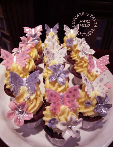 Cupcakes till dop i Märsta, tvillingsysrtar