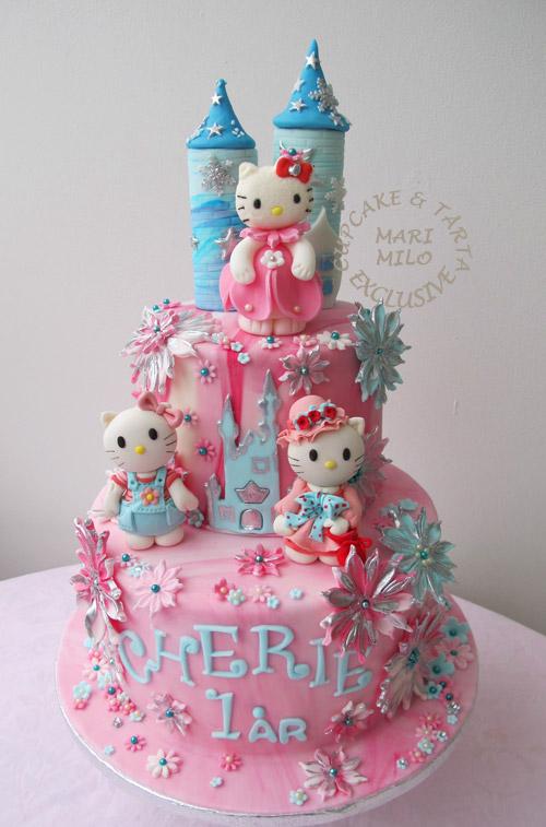 Prinsesskalas Hello Kitty slott tårta