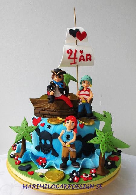 Beställa tårta, barnkalas piratttårta