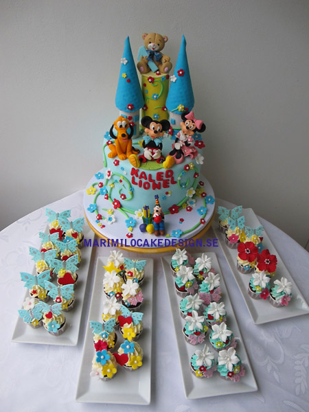 Födelsedagstårta och minni cupcakes