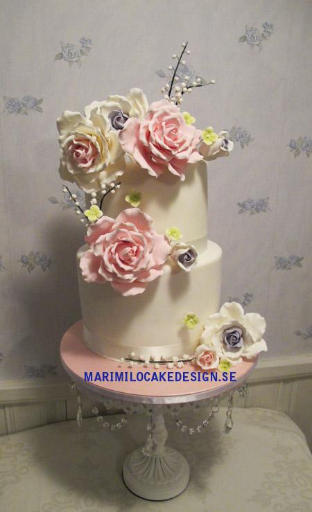 Bröllopstårta rosor