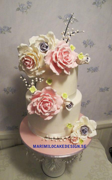 Bröllopstårta sockerrosor