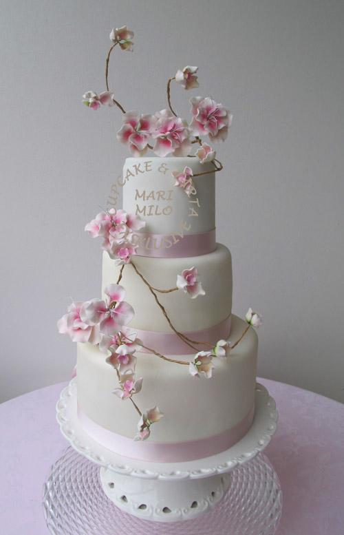 Bröllopstårta Stockhoöm Cherry Blossom