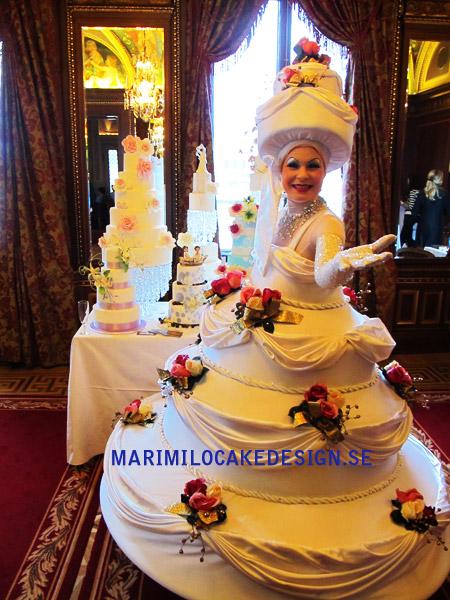 Mari Milo Cake