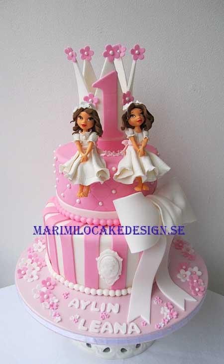 Tårta till tvillingar, systrar