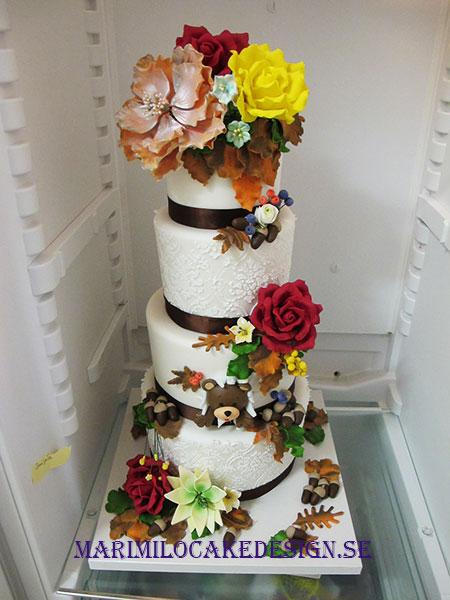 Bröllopstårta för 90 personer