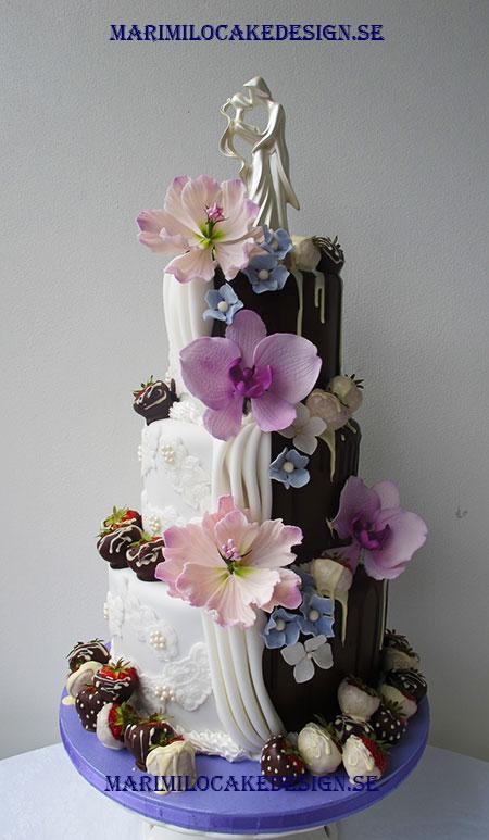 Bröllopstårta choklad jordgubbar