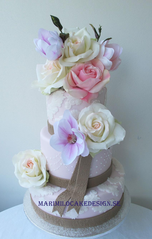 Rosa bröllopstårta