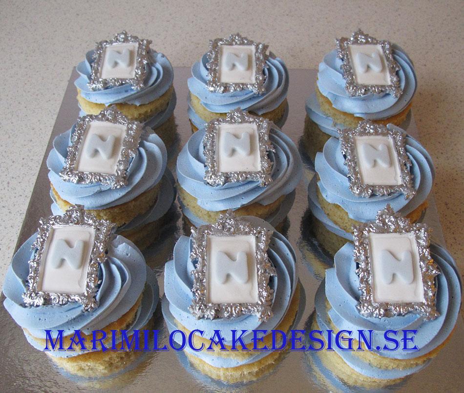 Mini tårtor från dessertbordet