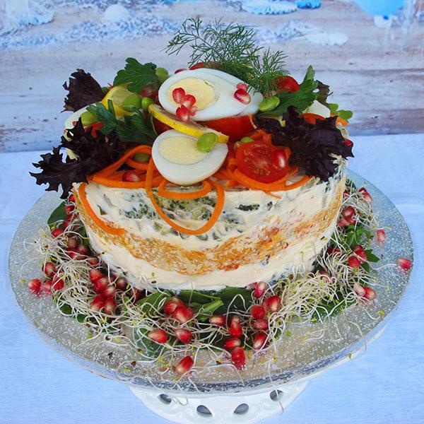 Vegetarisk och glutenfri smörgåstårta
