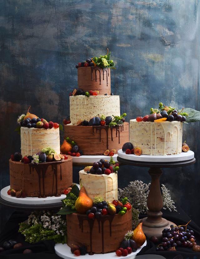 Frukt Bröllopstårta med äkta blommor